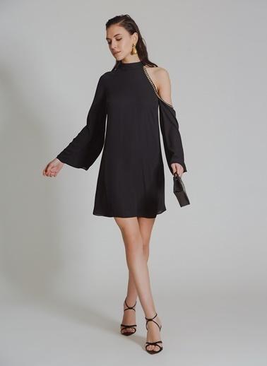 People By Fabrika Zincir Detaylı Elbise Siyah